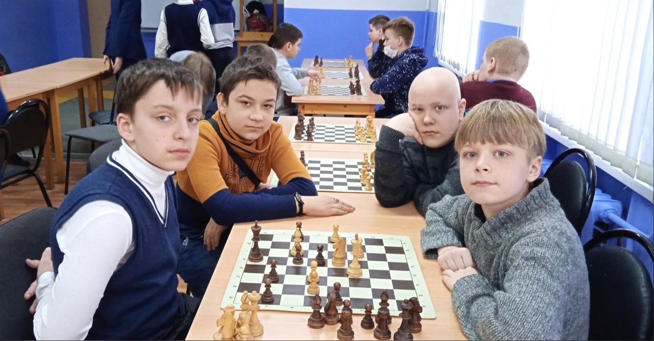 Участие команды Дворца в первенстве области по быстрым шахматам